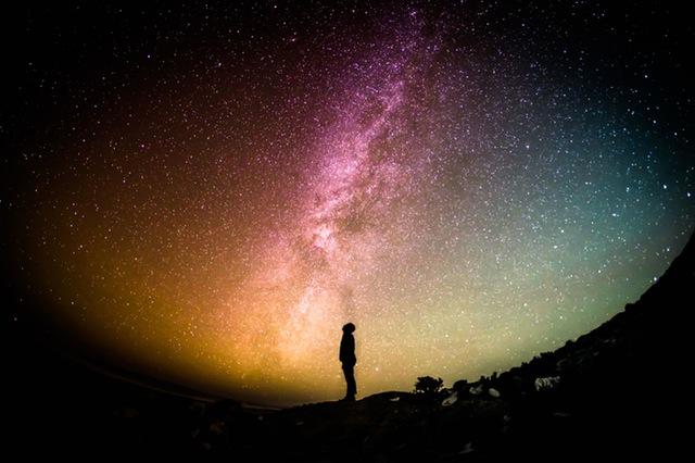 Als je jezelf bezig houdt met spiritualiteit zul je merken dat je eens in de zoveel tijd in een soort stroomversnelling belandt. Dit noemen we dus ook wel een spirituele transformatie.