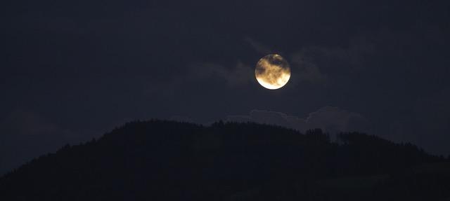 Hooggevoeligheid en de volle maan
