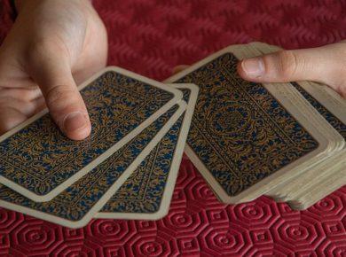 manieren waarop je orakelkaarten kunt gebruiken